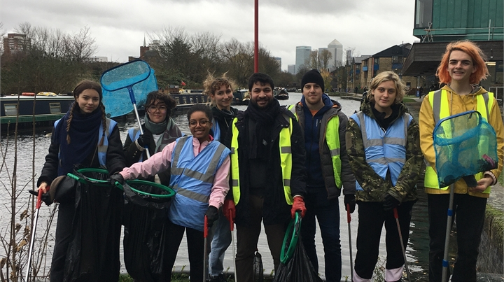 Volunteers at the December canal clean up