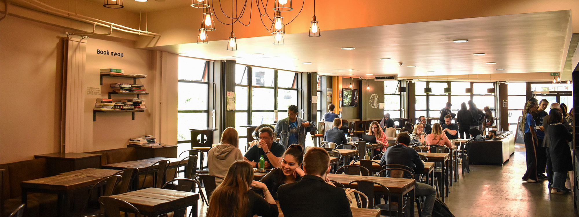 Relax in our on-campus café with a great range of food and drink from toasted paninis, sandwiches and sushi to our ethical Fairtrade coffee, refreshing smoothies and delicious treats